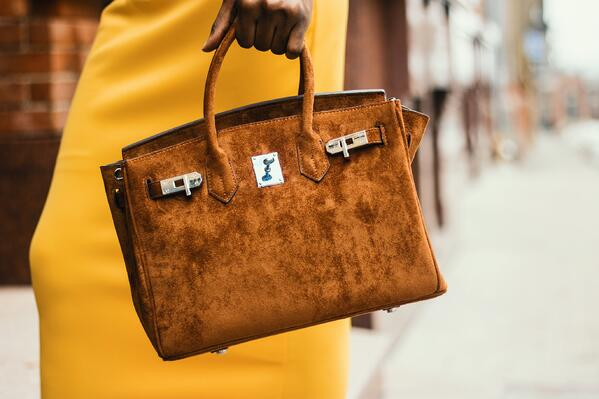 brown-bag-classy-contemporary-1936848
